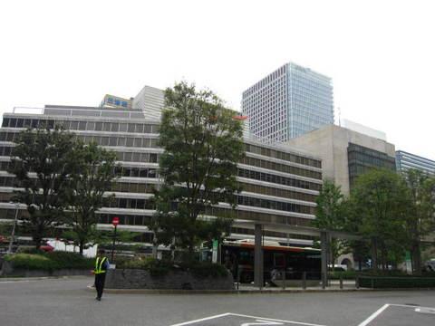 1・東京駅前1.JPG
