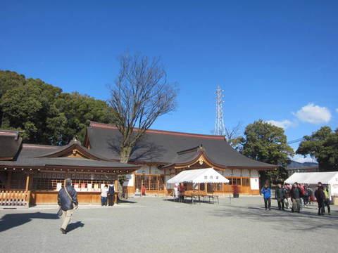 4国府の宮神社2.JPG