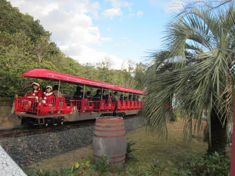 ミニ列車・1.JPG