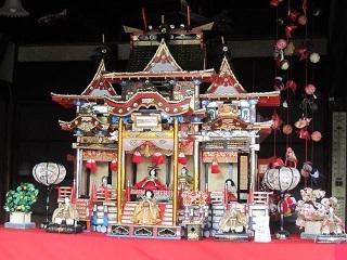 久米邸・御殿雛2.JPG