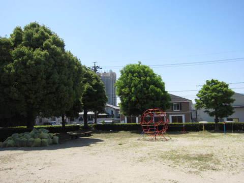 公園掃除・1.JPG