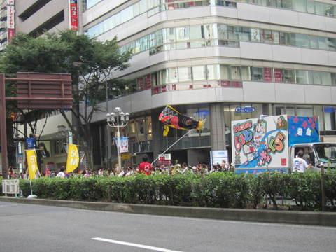 栄・岩倉鯉のぼり.JPG