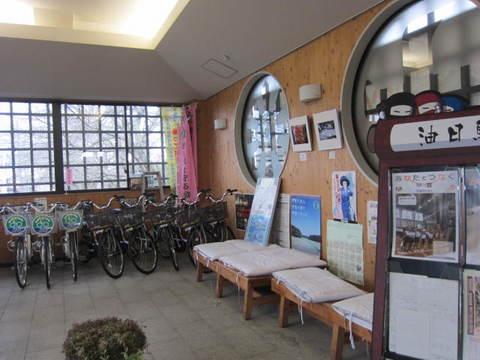 油日駅・1.JPG