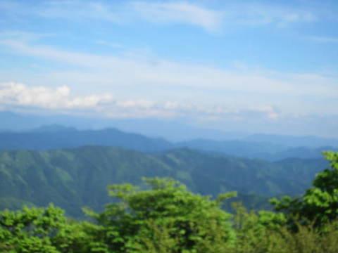 茶臼山・南信の山.JPG