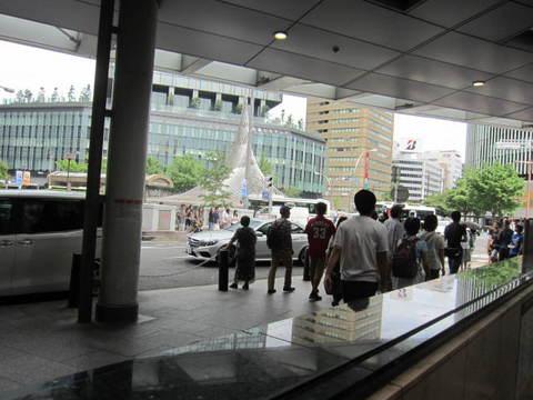 駅前噴水.JPG
