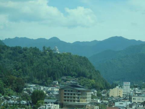 1・東海北陸道八幡城.JPG