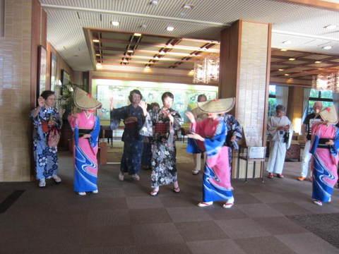 1・金太郎ホテル踊り2.JPG
