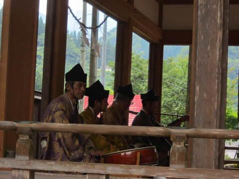 2・こきりこ白山宮拝殿1.JPG