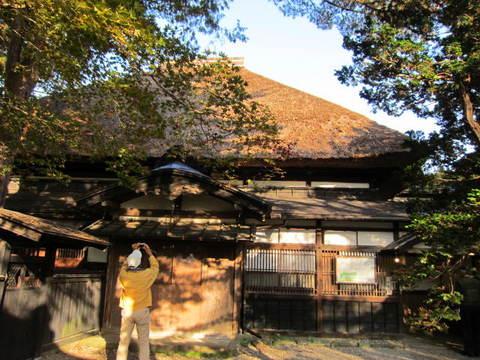 2・角館武家屋敷藁の屋根.JPG
