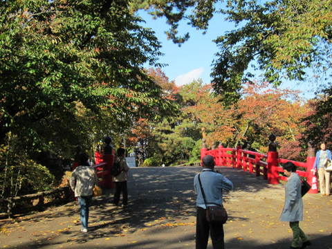 3・弘前城赤い橋1.JPG