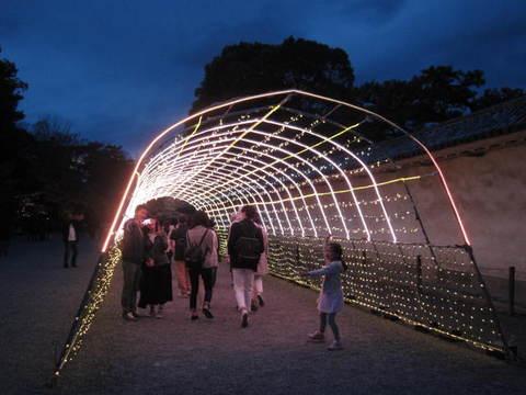 6・二条城灯りのトンネル.JPG