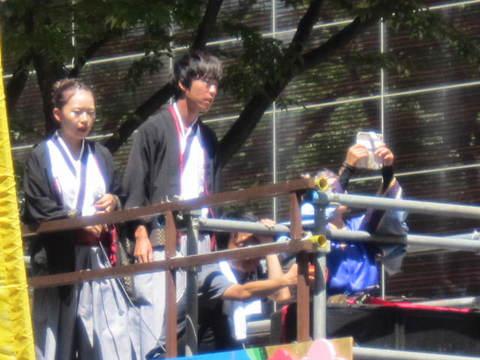 ド祭り3・車.JPG