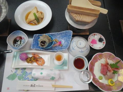 ホテル・昼食.JPG