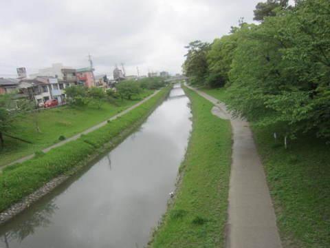 岡崎・伊賀川.JPG