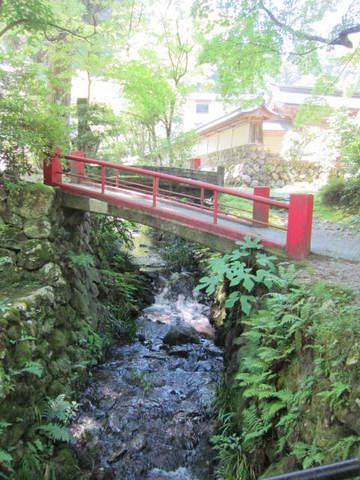3・谷汲山赤い橋.JPG